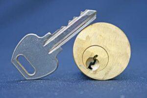 Sleutel afgebroken in slot Houten